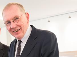 Dr. Robert Pohlhausen